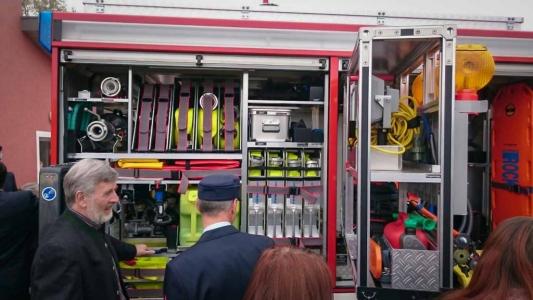 Einweihung Feuerwehrauto Dorfgütingen 1
